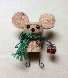 lindo ratoncito de corcho...para navidad