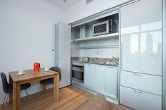 Centria-condominum-32d-pullman-kitchen
