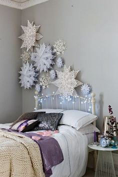 can create oversized paper snowflakes for a winter wonderland feel. You can create oversized paper snowflakes for a winter wonderland feel. Christmas Wonderland, Snowflake Craft, 3d Snowflakes, Frozen Snowflake, Snowflake Ornaments, Paper Snowflake Patterns, Snowflake Cutouts, Christmas Ornaments, Deco Design