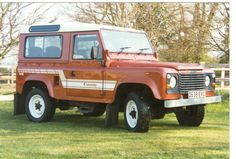 Land Rover 1987 original factory 3.5 V8 county station wagon. #landrover #offroad #Defender #keithgott
