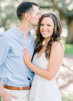 Classic and timeless engagement photos in Charleston, SC by Aaron and Jillian Photography