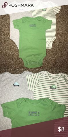🐢Carter's 3-pack of onesies🐢 In excellent condition, dress your little one in these comfy onesies. Layer it or wear it by itself on a hot summer day. Turtle power! 🐢 Comes from a smoke and pet-free home. 🌺 bundle and save or make an offer 🌺 Carter's One Pieces Bodysuits