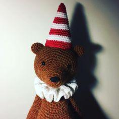 11 отметок «Нравится», 1 комментариев — Verushka Dolls (@verushka_dolls) в Instagram: «#teddybear #teddy #amigurumi #crocheting #crochet #crochettoy #clown #колпак #collar #supercollar…»