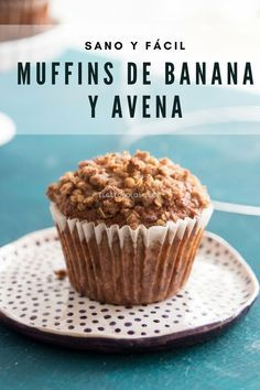 These are the best banana and oatmeal muffins I've tried so far, recipe … - Germany Rezepte Ideen Healthy Cupcakes, Healthy Desserts, Healthy Muffins, Sweet Recipes, Real Food Recipes, Yummy Food, Cupcake Recipes, Cupcake Cakes, Muffin Recipes