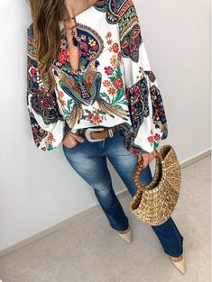 Simple Summer to Spring Outfits to Try in 2019 – Prettyinso Spring Work Outfits, Fall Outfits, Casual Outfits, Cute Outfits, 70s Fashion, Look Fashion, Fashion Dresses, Womens Fashion, Fashion Online