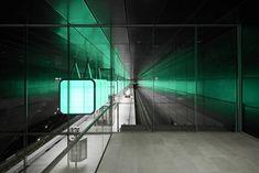 hafencity university subway station by pfarre lighting design
