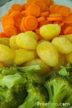 Legume cu unt si pesmet, Rețetă Petitchef Baby Food Recipes, Healthy Recipes, Romanian Food, Broccoli, Food And Drink, Vegetables, Cooking, Foods, Flowers