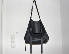 big black tote leather bag Dai oversized  crossover by weltfremd, €225.00