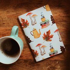 #lefilrougelit 📖 (@chezlefilrouge) • Photos et vidéos Instagram Tableware, Photos, Instagram, Box Sets, Dinnerware, Pictures, Dishes, Place Settings, Cake Smash Pictures
