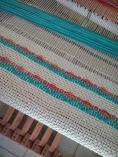 Lola Looms: Individual, cotton yarn and fabric Finger Weaving, Loom Weaving, Hand Weaving, Textiles, Tear, Rug Hooking, Textile Art, Different Styles, Tapestry