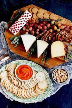 Spanish-Cheese-and Cracker Board-