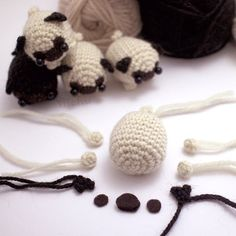 A downloadable amigurumi pattern to make your own little pug dog. The pdf file includes a written crochet pattern, detailed assembly instructions,...