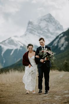 Amira & Tyler's Stewart Creek Canmore wedding was absolutely beautiful. The view at the ceremony location is unreal, and the staff at the venue are so accommodating and friendly. Wedding Happy, Wedding Songs, Wedding Couples, Fall Wedding, Wedding Photos, Wedding Ideas, Quarry Lake, Present For Groom, Theatre Wedding