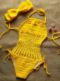 @donnag.croche Crochet For Kids, Crochet Baby, Crochet Bikini, Black Lace Leggings, Crochet Projects, Sewing Projects, Gorgeous Lingerie, Swimwear Cover Ups, Beaded Cross Stitch