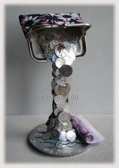 Magical silver gifts Magical silver gifts Source by MargaretBwr Tea Cup Art, Tea Cups, Bottle Art, Bottle Crafts, Diy Arts And Crafts, Fun Crafts, Floating Tea Cup, Creative Money Gifts, Teacup Crafts