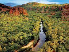Kakadu National Park is located 171 kilometers from the city of Darwin. This park has an area of square kilometers. Kakadu National Park is the largest Best Tourist Destinations, Tourist Places, Kakadu National Park, National Parks, Western Australia, Australia Travel, Melbourne Australia, Litchfield National Park, Australian Photography