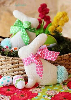 Tutorial and pattern: Easy Easter bunny softie