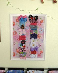 A framed organizer for girls' clippies