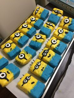 Minion rice krispy treats