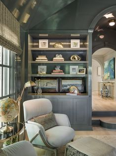 high gloss gray/bule library In Good Taste: Shelley Morris Interiors Interior Design Portfolios, Built In Bookcase, Bookshelves, Dark Interiors, Home Office, Office Spaces, Work Spaces, Home Decor Inspiration, Decor Ideas