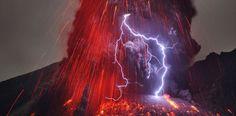 Erupción en el volcán Sakurajima (Japón)