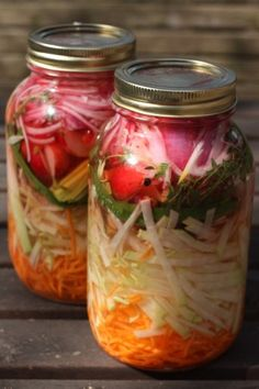 Quick Summer Pickle :: Daikon, Carrot and Onion