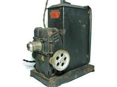 Keystone Moviegraph Model 527 from 1920 - 35mm Movie Projector.