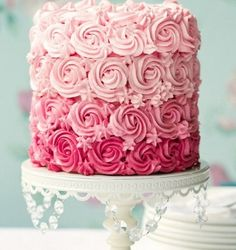 I get a little sick of seeing these rose cake but I actually like this one since they filled in little areas with tiny flowers and that it is ombre.