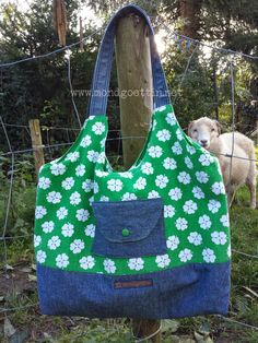 Tasche aus Kissenbezug und Jeans inkl. Anleitung / Bag made from pillowcase and pair of jeans incl. tutorial / Upcycling