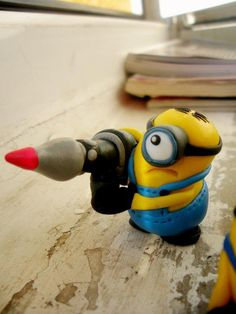 minion despicable me..handmade work with polymer clay!! I've made a minion before with play-doh! It wasn't as nice and clean but I'm gonna try with polymer!