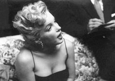 Marilyn at a press party for Bus Stop, March 3, 1956. Photo by Earl Leaf.