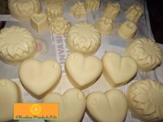 New Hobbies, Hobbies And Crafts, Savon Soap, Essential Oils Soap, Soap Bubbles, Wood Stamp, Home Made Soap, Soap Making, Decoupage