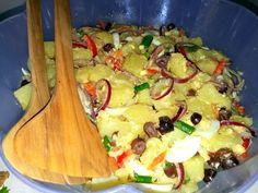 Salata orientala Meat, Chicken, Food, Baby, Essen, Meals, Baby Humor, Infant, Yemek