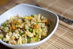 Gebratener Reis mit Ei und Gemüse...als Bulgur Version machen :)