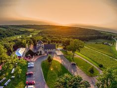 A Trip To This Picture Perfect Iowa Winery Is Heaven On Earth