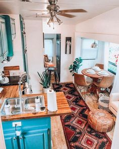 Super Small Camper Remodel Layout Tiny Homes 54 Ideas Tyni House, Tiny House Living, Rv Living, Small Living, Toilet Room Decor, Rv Homes, Tiny Homes, Rv Interior, Interior Design