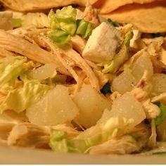 Aprende a preparar salpicón de pollo con esta rica y fácil receta.  El salpicón de pollo es ideal para los días calurosos y también para aquellas personas que cuidan...