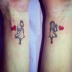 passendes Tattoo am Handgelenk - Tattoo Muster - Matching tattoos - 13 Tattoos, Mini Tattoos, Trendy Tattoos, Body Art Tattoos, Tattoos For Women, Tattoos For Guys, Tatoos, Flower Tattoos, Matching Friend Tattoos