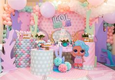 🥳 •  Mermaid #LOL Party 🍬 Fuente: 📸 @maelifiestas #ecumple  #partydecor #decor #ideas #DIY #fiesta #decoracion #deco #party #comida #food #fiestas Unicorn Party, Unicorn Birthday, Pool Party Lol, Birthday Celebration, Birthday Parties, Mermaid Birthday Cakes, Mermaid Party Decorations, Doll Party, Lol Dolls