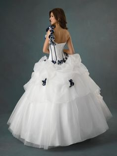 The back of this dress is amazing