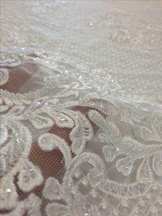 Tecido renda bordada imperial off white