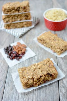 MEAL PREP Packed with protein and healthy fats, these Quinoa BreakfasNt Bars are easy to prep ahead of time and make the perfect grab and go breakfast on a busy morning. Quinoa Breakfast Bars, Healthy Breakfast Recipes, Breakfast Ideas, High Fiber Breakfast, Quinoa Bars, Quinoa Protein, Protein Breakfast, Protein Snacks, High Protein