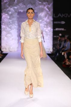 Shop from an exclusive range of luxurious wedding dresses & bridal wear by Anita Dongre. Bring home hand-embroidered wedding wear in colors inspired by nature. Anita Dongre, Luxury Wedding Dress, Wedding Wear, Indian Wedding Outfits, Lakme Fashion Week, Indian Fashion, Bridal Dresses, Lace Skirt, Stylists