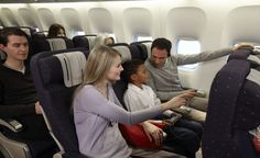 Cabine Voyageur : Passengers in Voyageur cabin class on a Boeing B777-300 ER | www.airfrance.com