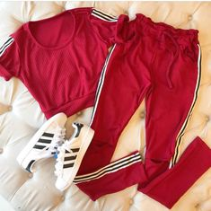 Teen Fashion Outfits, Sporty Outfits, Retro Outfits, Stylish Outfits, Girl Outfits, Really Cute Outfits, Summer Outfits For Teens, Tumblr Outfits, Teenager Outfits