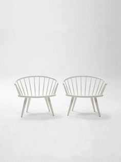 A pair of mid-century Arka Chairs by Yngve Ekström. by 506070 Vintage Furniture, Furniture Design, Leather Living Room Furniture, Mid Century Modern Design, Mid Century Furniture, Modern Interior, Mid-century Modern, House Design, Etsy