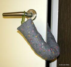 Käthes Nähstunde : DIY Klemmschutz/ Türstopper für Baby - Krankenzimmer