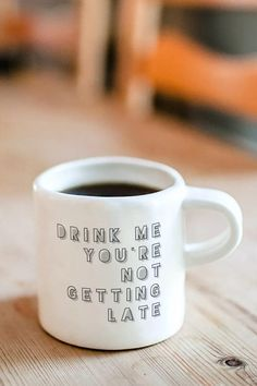 Funny Coffee Cups, Best Coffee Mugs, Funny Mugs, Diy Christmas Gifts For Dad, Diy Gifts For Him, Quotes For Mugs, Coffee Mug Quotes, Customised Mugs, Custom Mugs