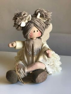 1 million+ Stunning Free Images to Use Anywhere Christmas Wood, Christmas Crafts, Short Curly Wigs, Free To Use Images, Doll Hair, Soft Dolls, Doll Crafts, Cute Dolls, Fabric Dolls