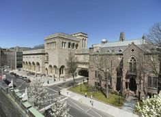 Yale University Art Gallery,1111 Chapel Street, New Haven, CT 06520: Yale Art Gallery can compete with a National museum with the great pictures that they have: Monet, Seurat, Van Gogh, Picasso, Rubens, Kandinsky.... Even the modern art figures are amazing